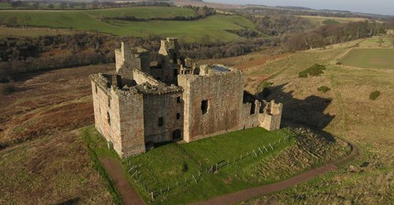 crichton-castle